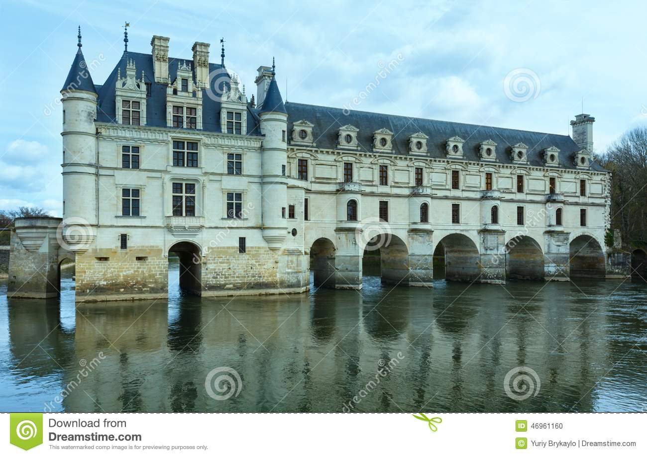 Castle chenonceau on the river cher france built in 1514 1522 the bridge over river built in1556 1559 to designs by architect philibert de orme and