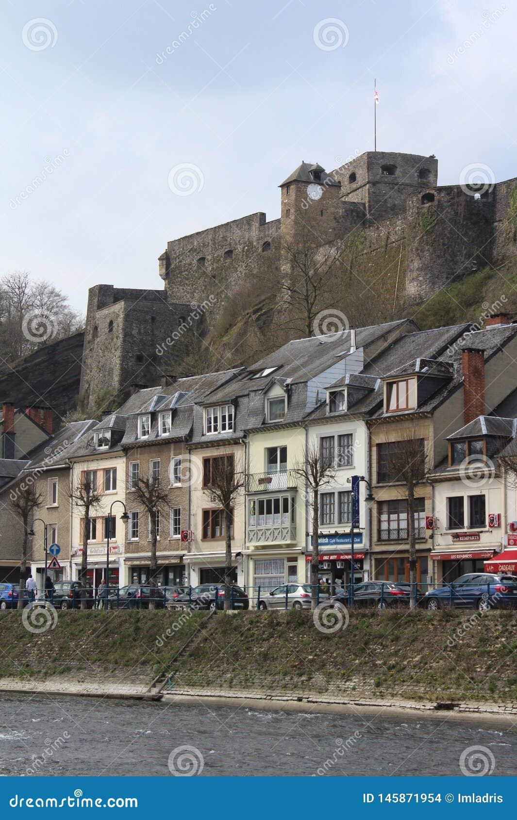 Chateau de Bouillon und Stadt, Luxemburg, Belgien