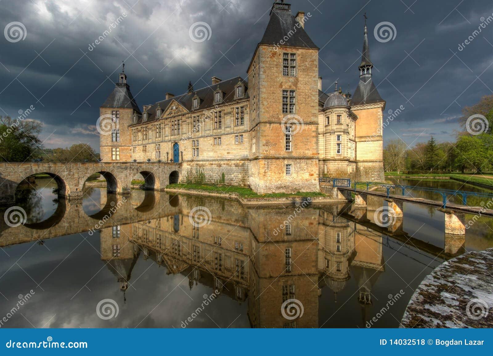 Chateau de Sully 01, Burgunder, Frankreich