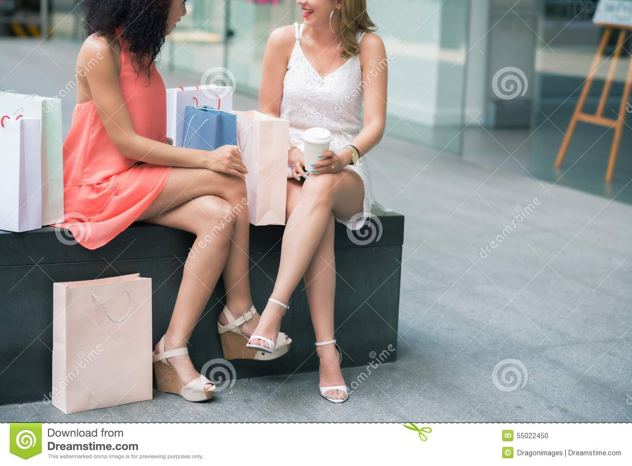 online chatting female friends Women value confidence highly when it comes to choosing a guy if you're a little but, if you're looking to improve your dating skills, why not talk to a female friend discuss your miss twenty-nine's tips for getting started online dating 2 0.