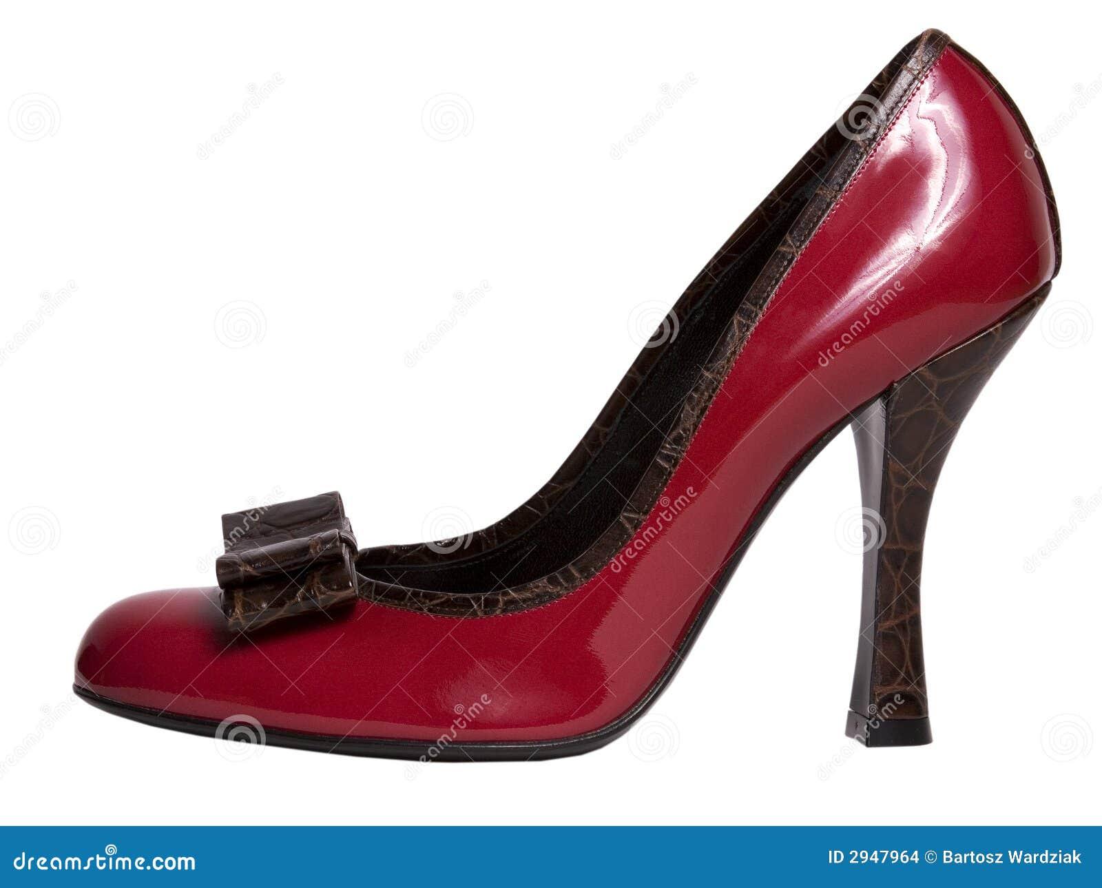 chaussure rouge sur le haut talon images stock image. Black Bedroom Furniture Sets. Home Design Ideas
