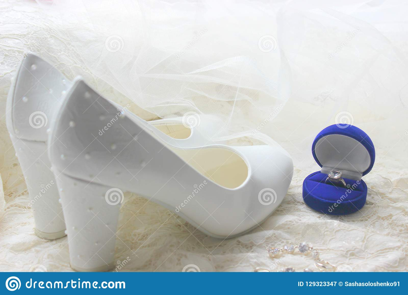 De Blanches Mariage Chaussures Du Hauts Talons W29bDHEYeI