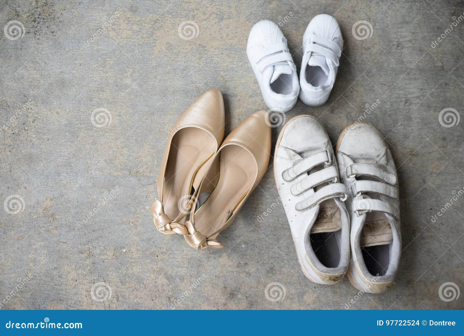 Chaussures Talon Fils Père Haut D'or Et De nkXNwP80O