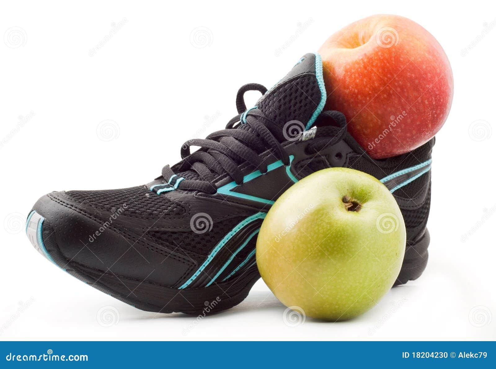 Image Chaussures Pomme Photo Une Et Vert Stock Sports Du De RwRqF7B