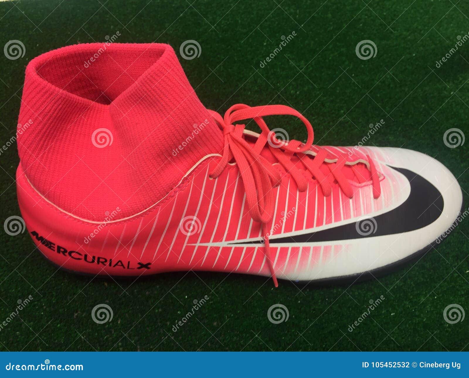 chaussures de football nike 2017