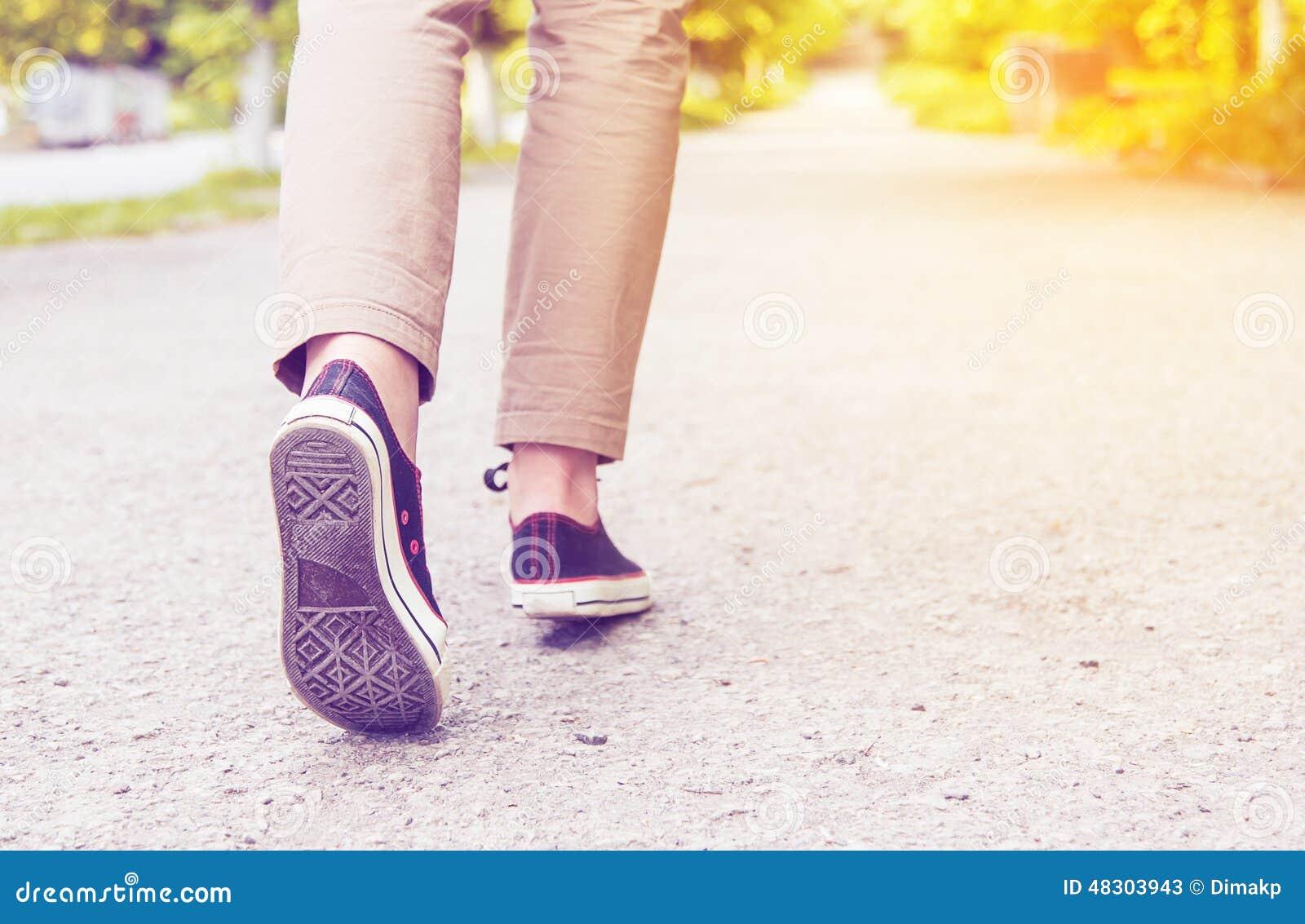 Chaussures en caoutchouc de jambes de femme