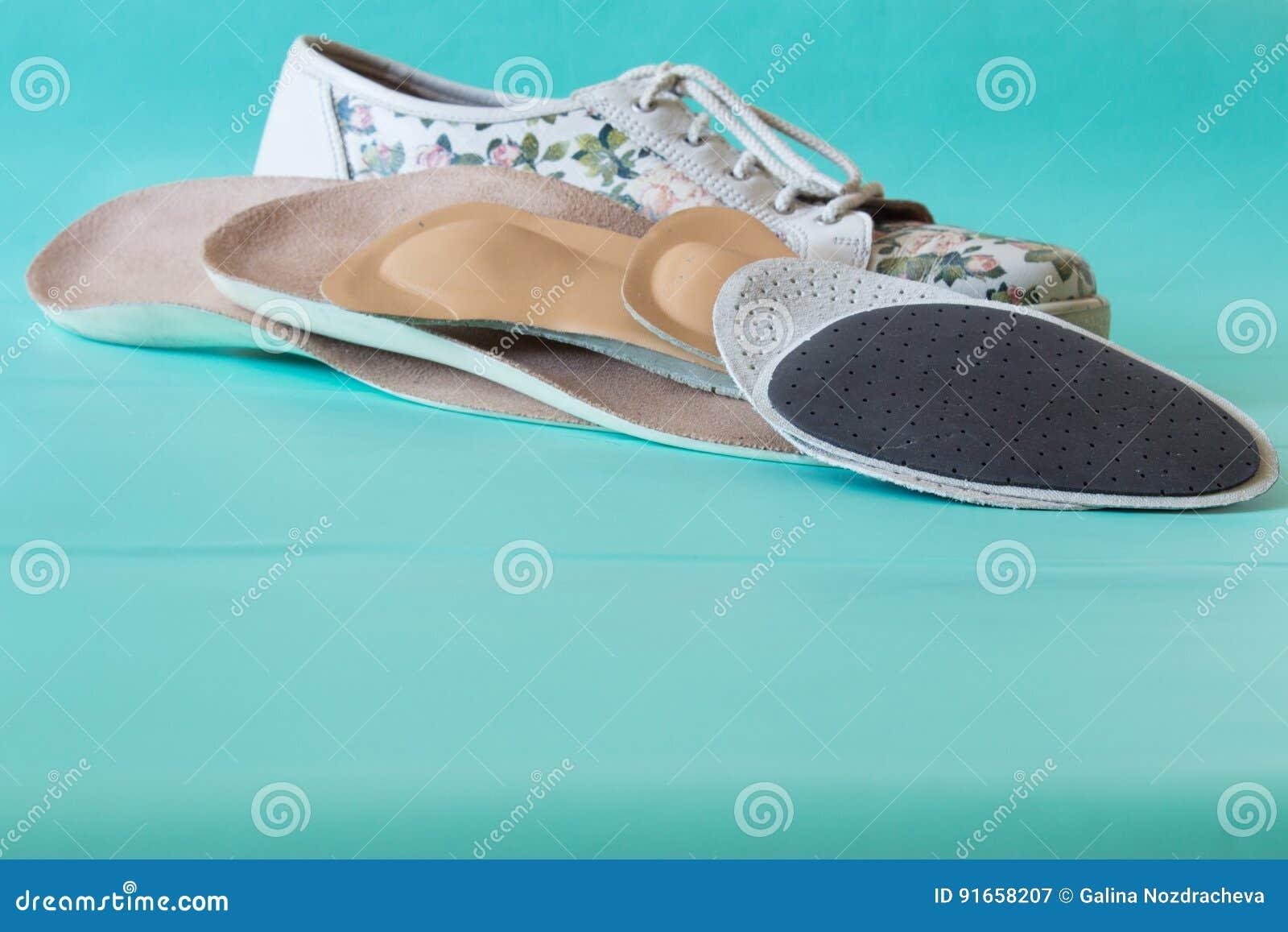 Intérieures Avec En Semelles Colorées Les Cuir Chaussures fYqAvq