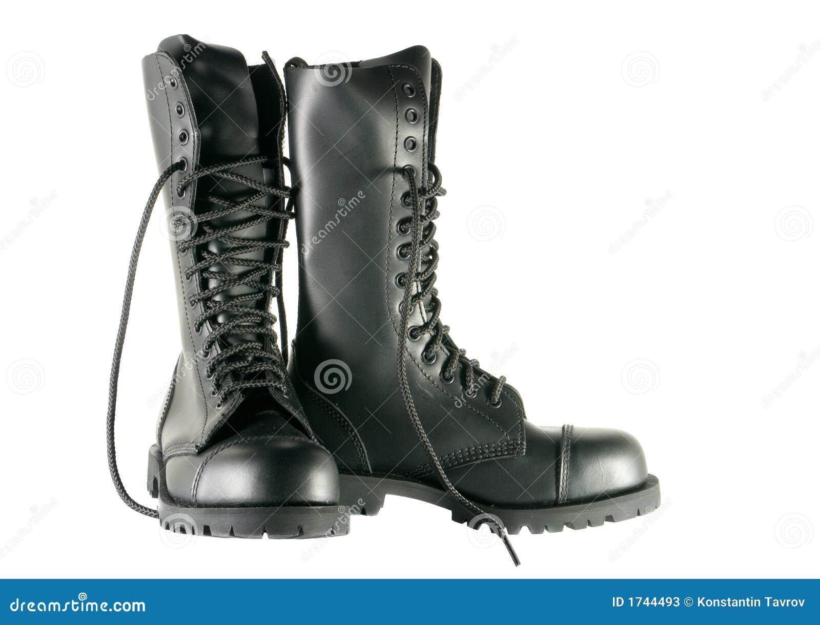 Chaussures noires d armée