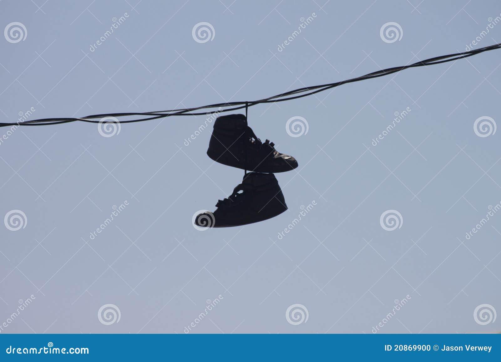Chaussures Bleu Fil Photo Sur Le S'arrêtant Vieux Stock Image Du qw8rTwtx