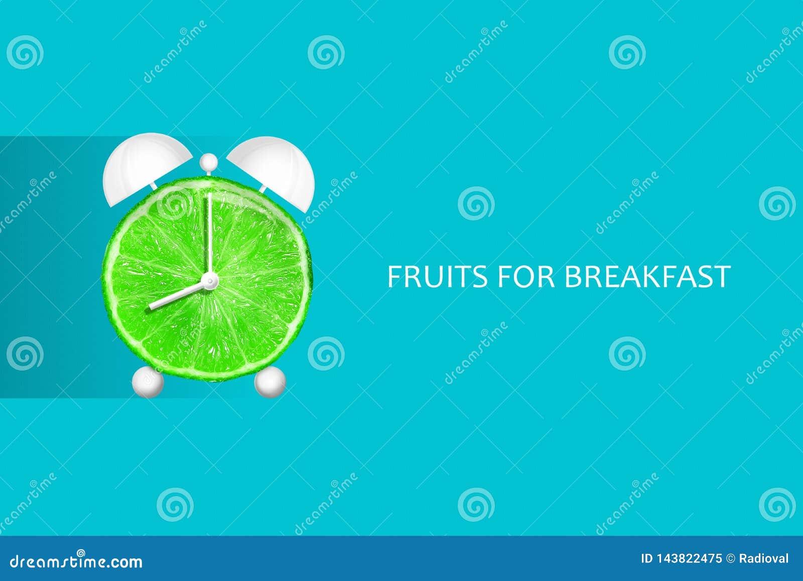 Chaux sous forme de réveil Fruits pour le petit déjeuner le concept de la consommation saine Fruits naturels frais de régimes