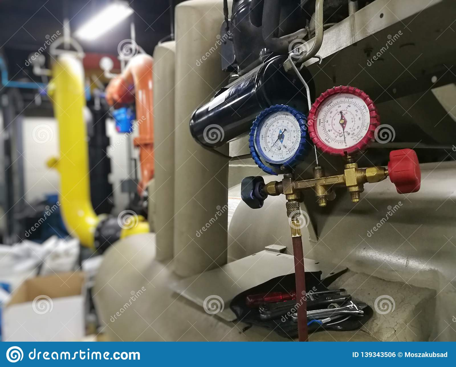 how to check for ac leaks