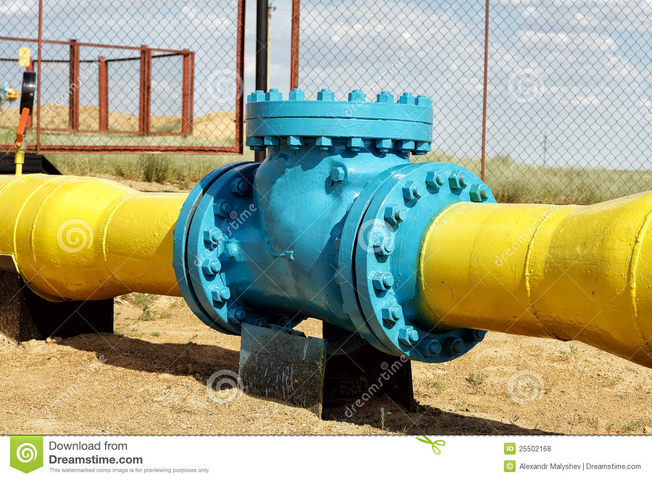 check valve in the gas pipeline royalty free stock photos