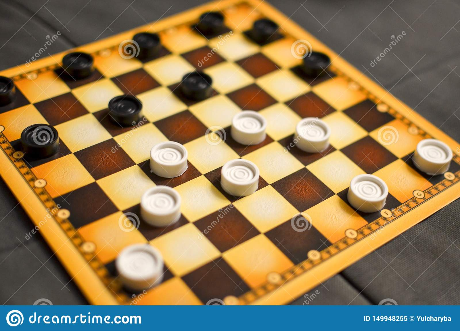 Checkerboard με τους ελεγκτές Ανταγωνισμός επιχειρησιακής στρατηγικής, στρατηγικός προγραμματισμός για τη νίκη της επιτυχίας Χόμπ