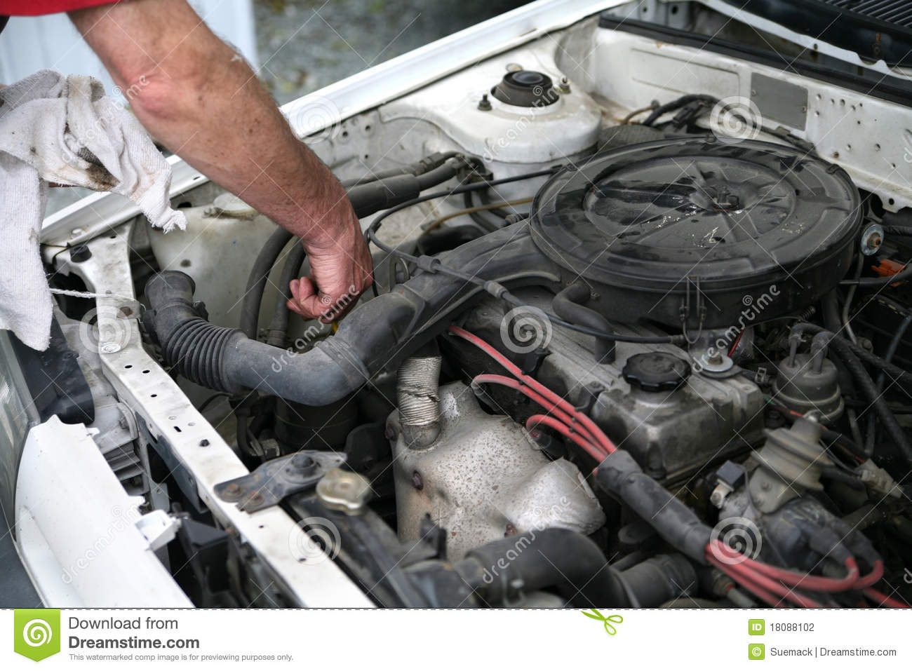Checking Car Oil Stock Photography Image 18088102