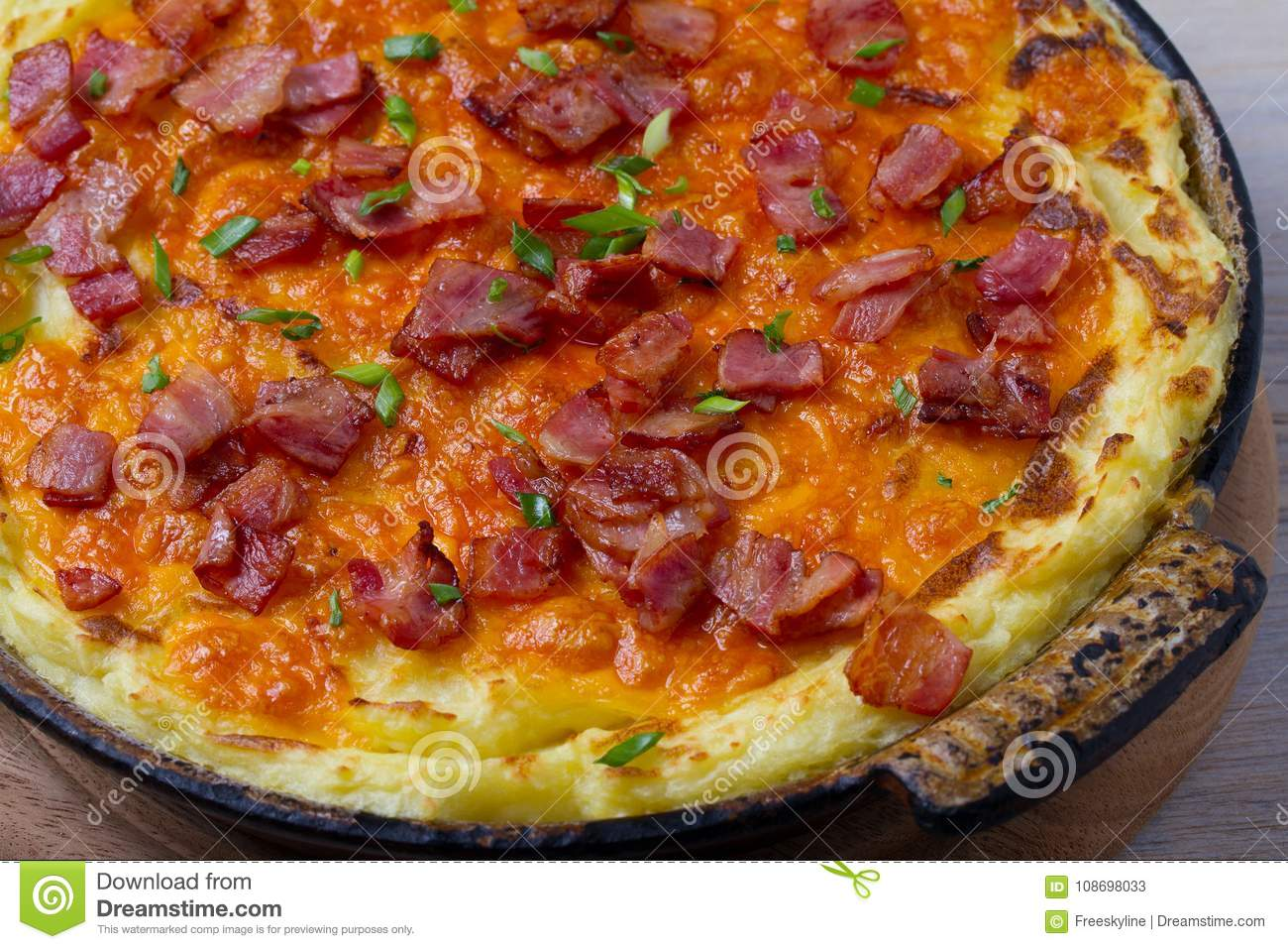 Cheddar Mashed Potato Casserole with Bacon. Baked Cheddar Potato Casserole.