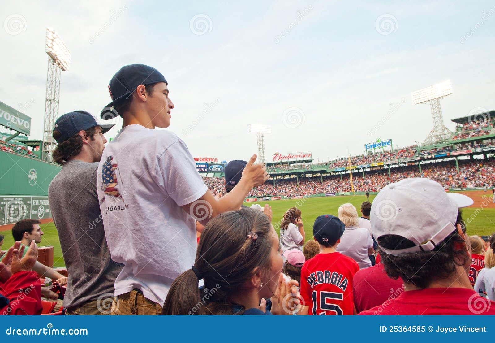 Cheer van ventilators bij een Rood spel Sox