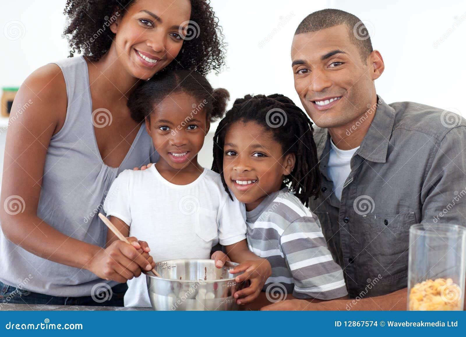 Чернокожие брат с сестрой порно 6 фотография