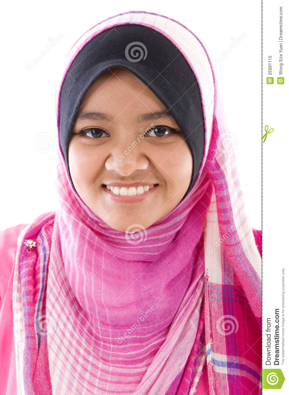 royalty single muslim girls Muslim singles online - register in one of the most popular online dating sites for free here you can date, chat with single, smart, beautiful men and women in your location.