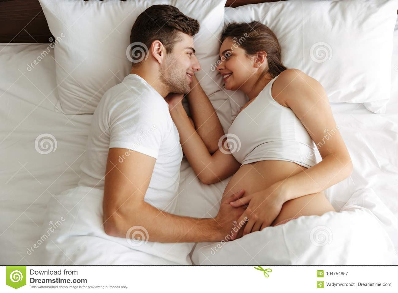 136 Husband Wife Sleeping Bed Baby Photos Free Royalty Free Stock Photos From Dreamstime