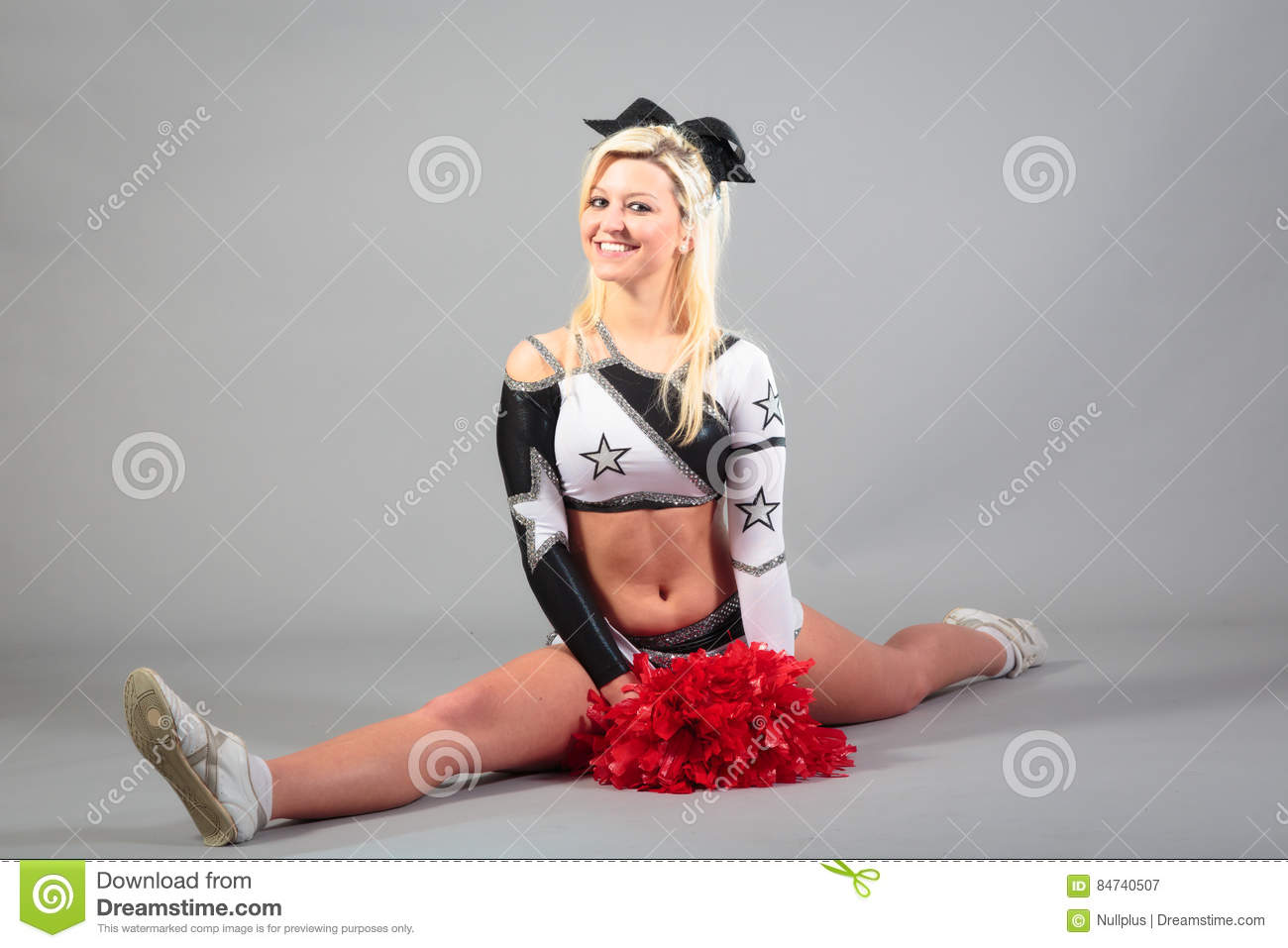 Sexy cheerleader splits