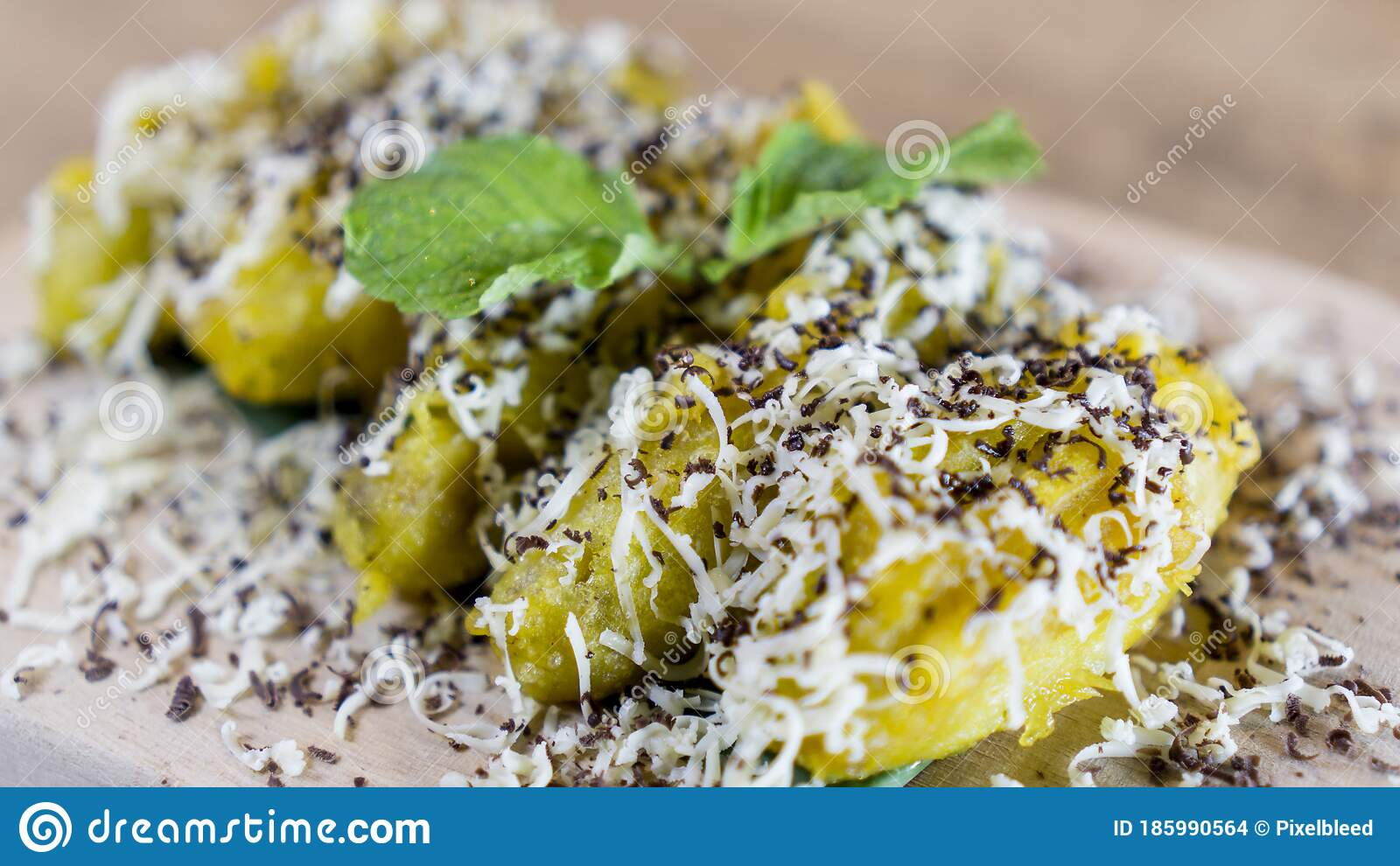 Banana Fritters Sprinkle With Grated Cheese And Chocolate Stock Photo Image Of Keju Cheese 185990564
