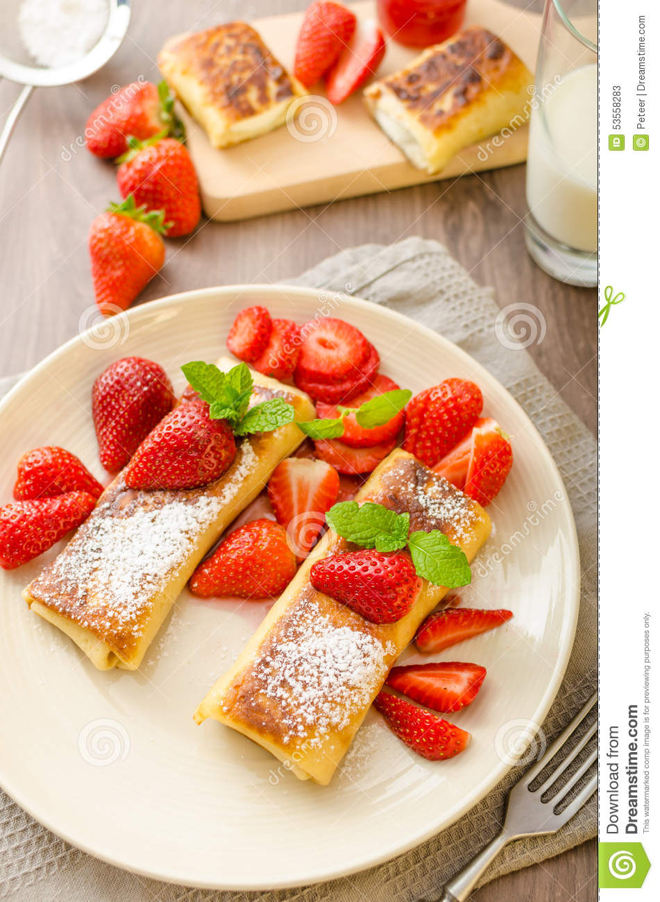 Delicious Cheese Blintz On Green Plate Royalty Free Stock