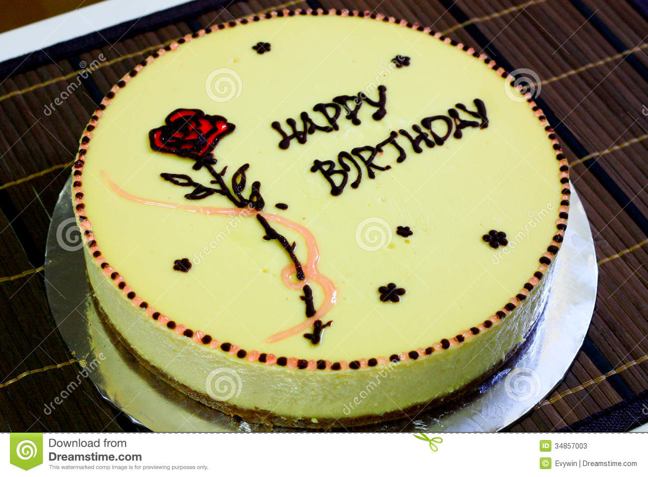 cheese cake rose decoration as birthday 34857003 birthday cake bunting decoration 2 on birthday cake bunting decoration