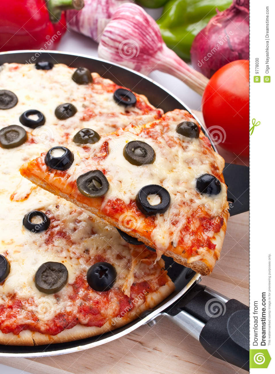 cheese and olive pizza stock photo image 9778030. Black Bedroom Furniture Sets. Home Design Ideas