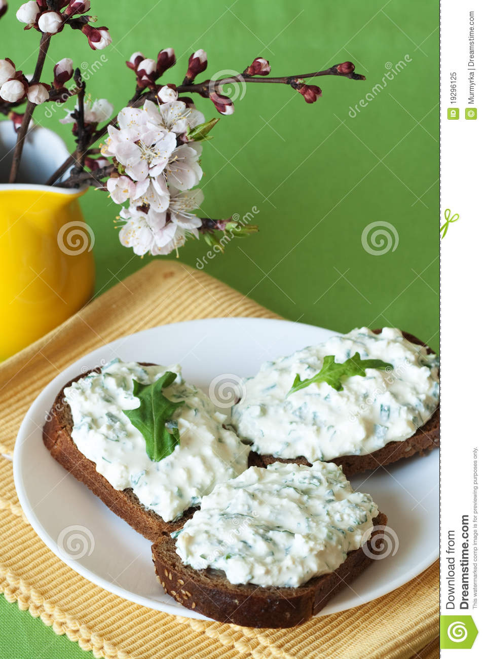 Cheese snack on rye bread