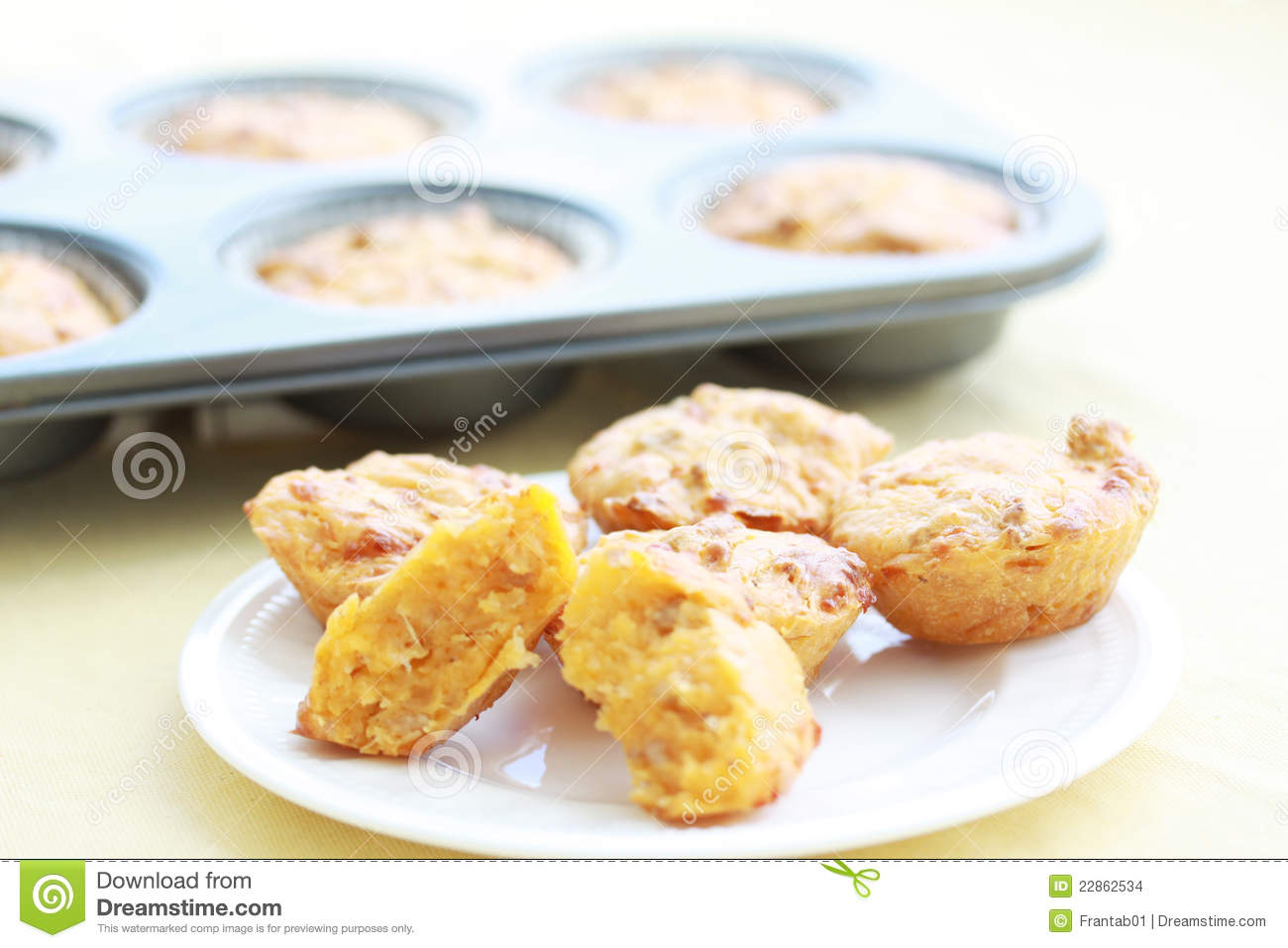Cheeseburger Muffins Stock Images - Image: 22862534