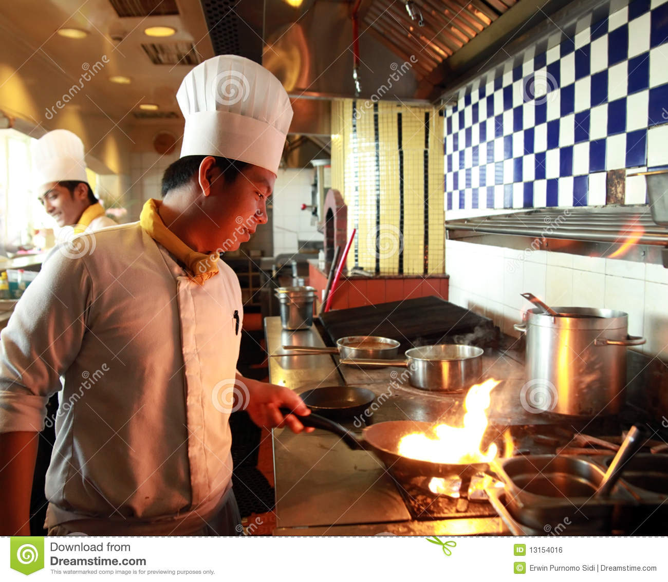 Chef Flambe Cooking Royalty Free Stock Image Image 13154016