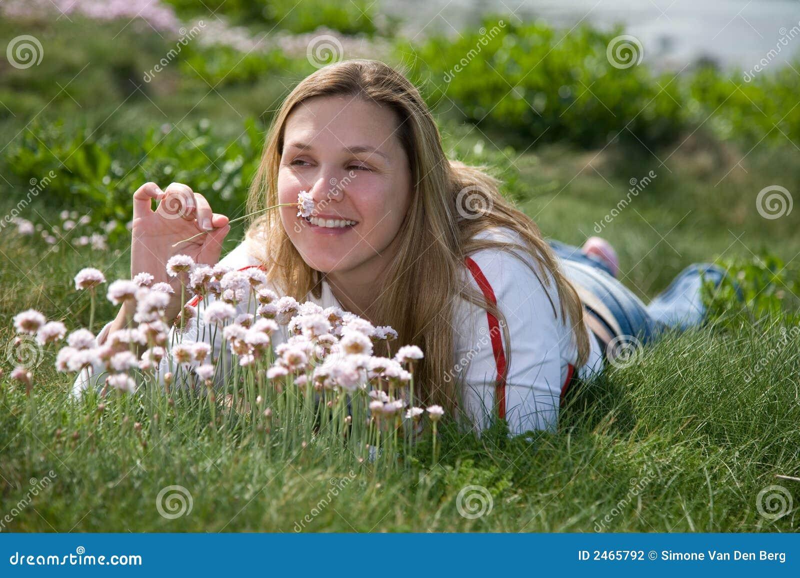 Cheirando as flores