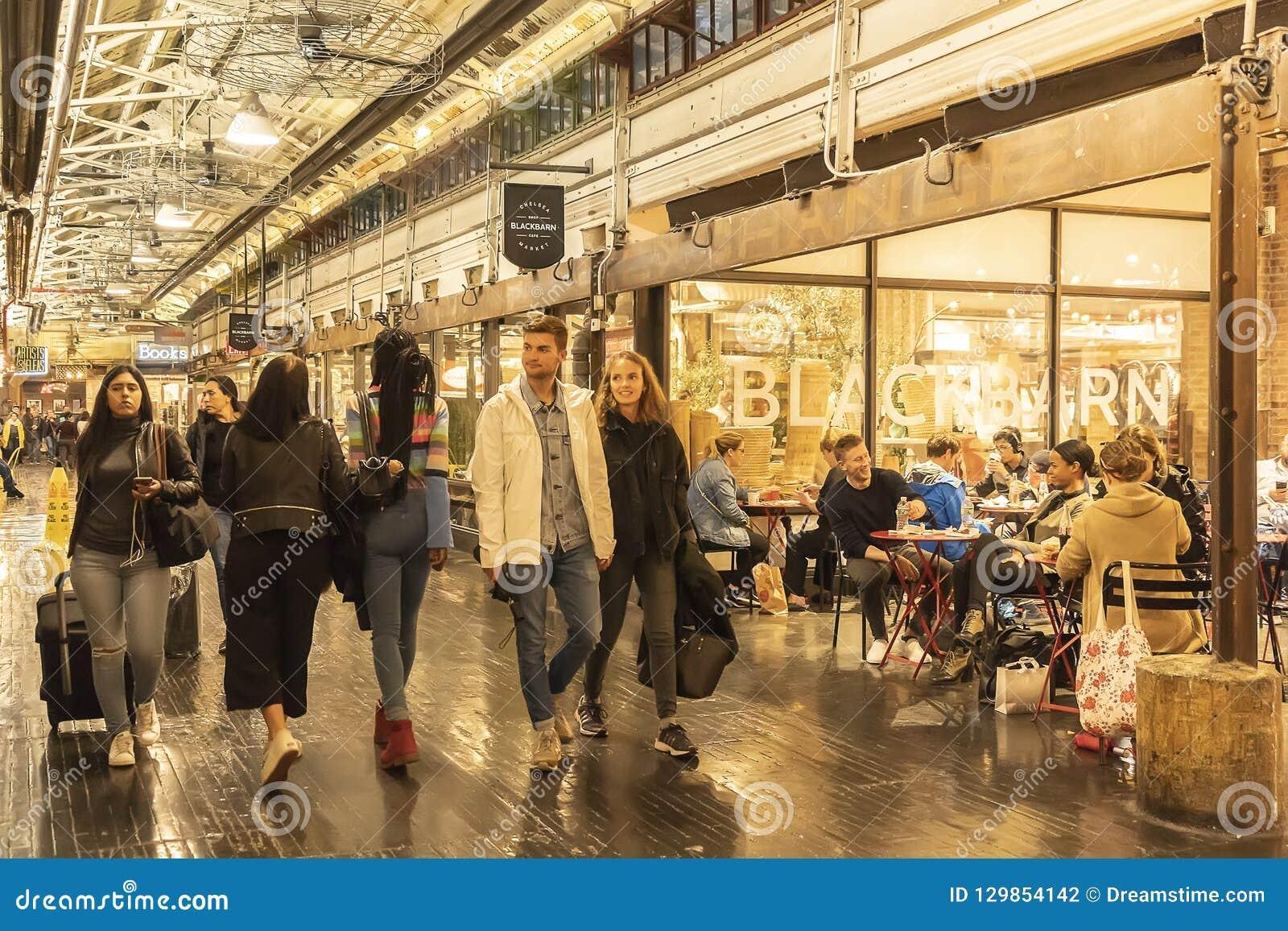 Chelsea Market New York City Usa 14 May 2018 Customers
