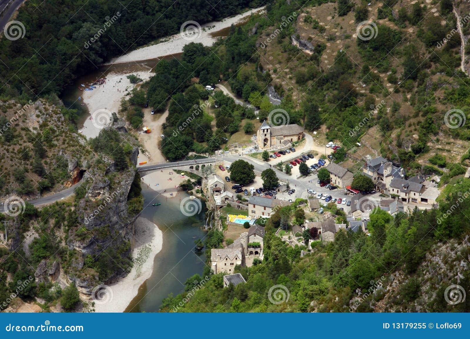 Chely χωριό du Άγιος Tarn
