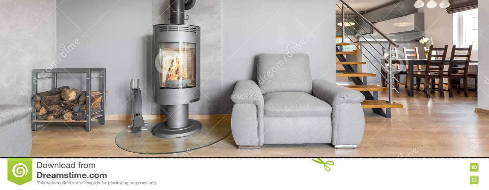 Cheminée Moderne Dans Le Salon Photo stock - Image du ...