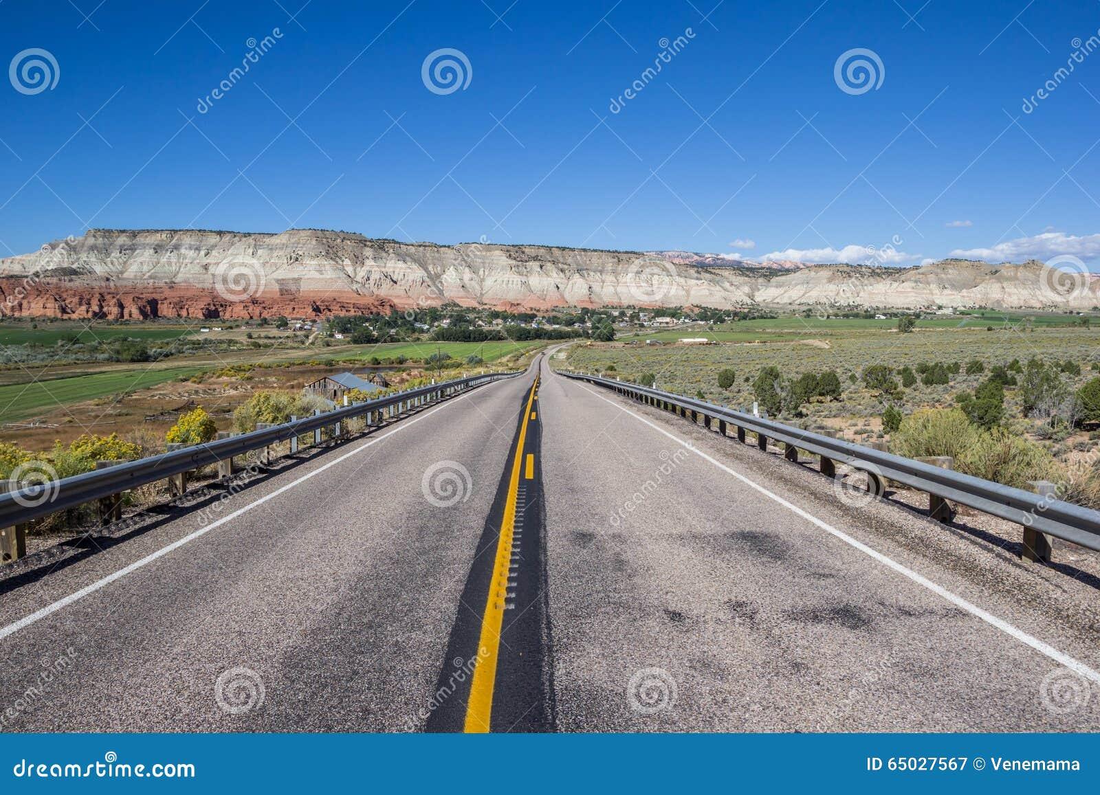 Chemin détourné scénique 12 en Utah, Etats-Unis