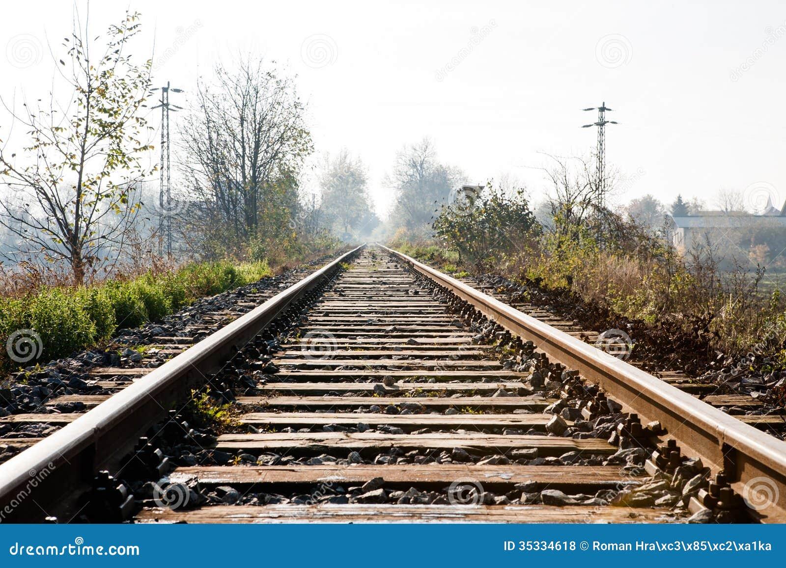 Chemin de fer pour les trains locaux