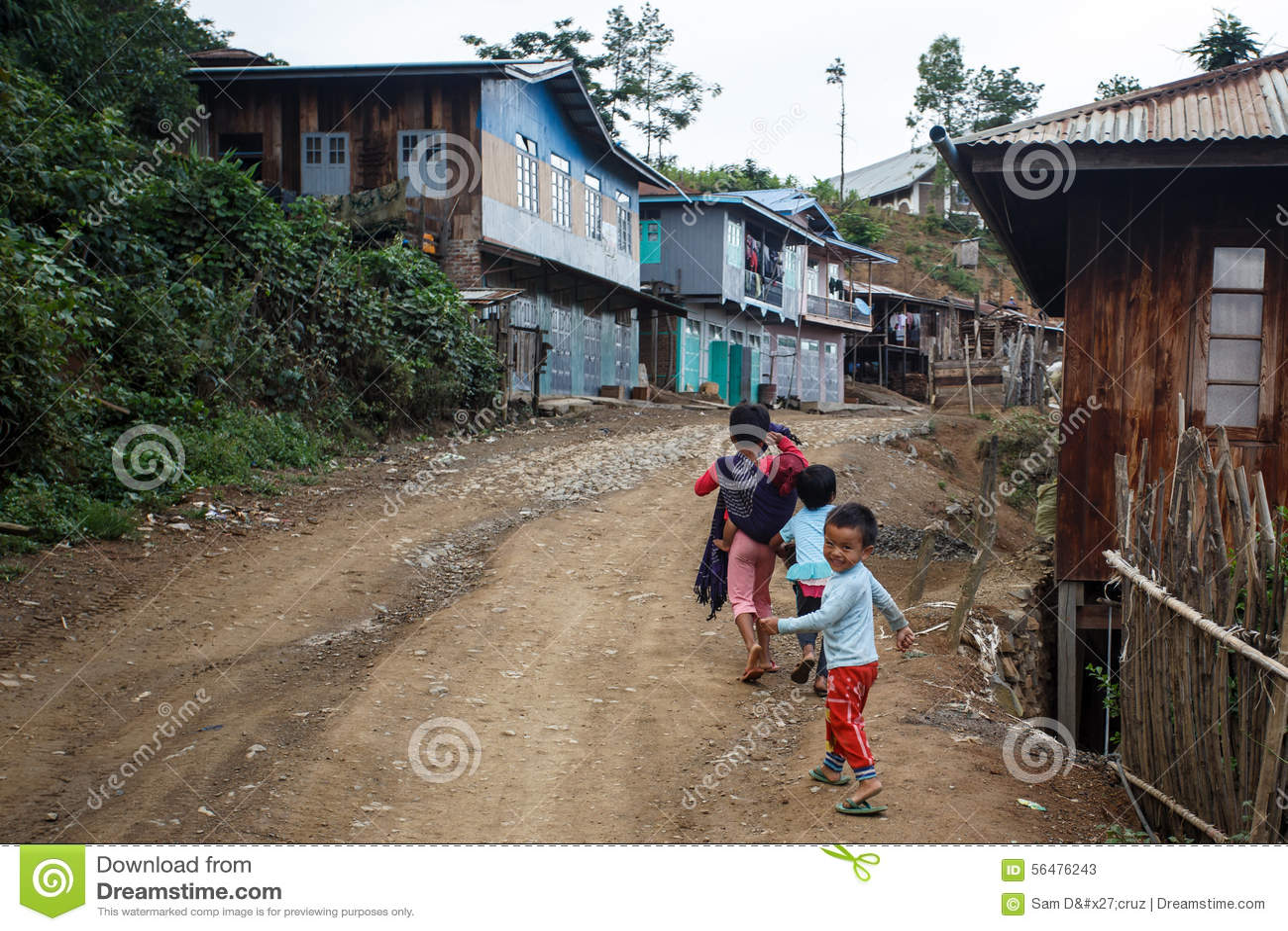 Chemin de terre, Chin State, Myanmar