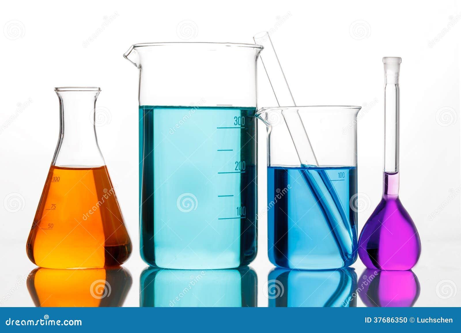 chemisch glaswerk voor experimenten stock foto afbeelding bestaande uit buis apparatuur 37686350. Black Bedroom Furniture Sets. Home Design Ideas