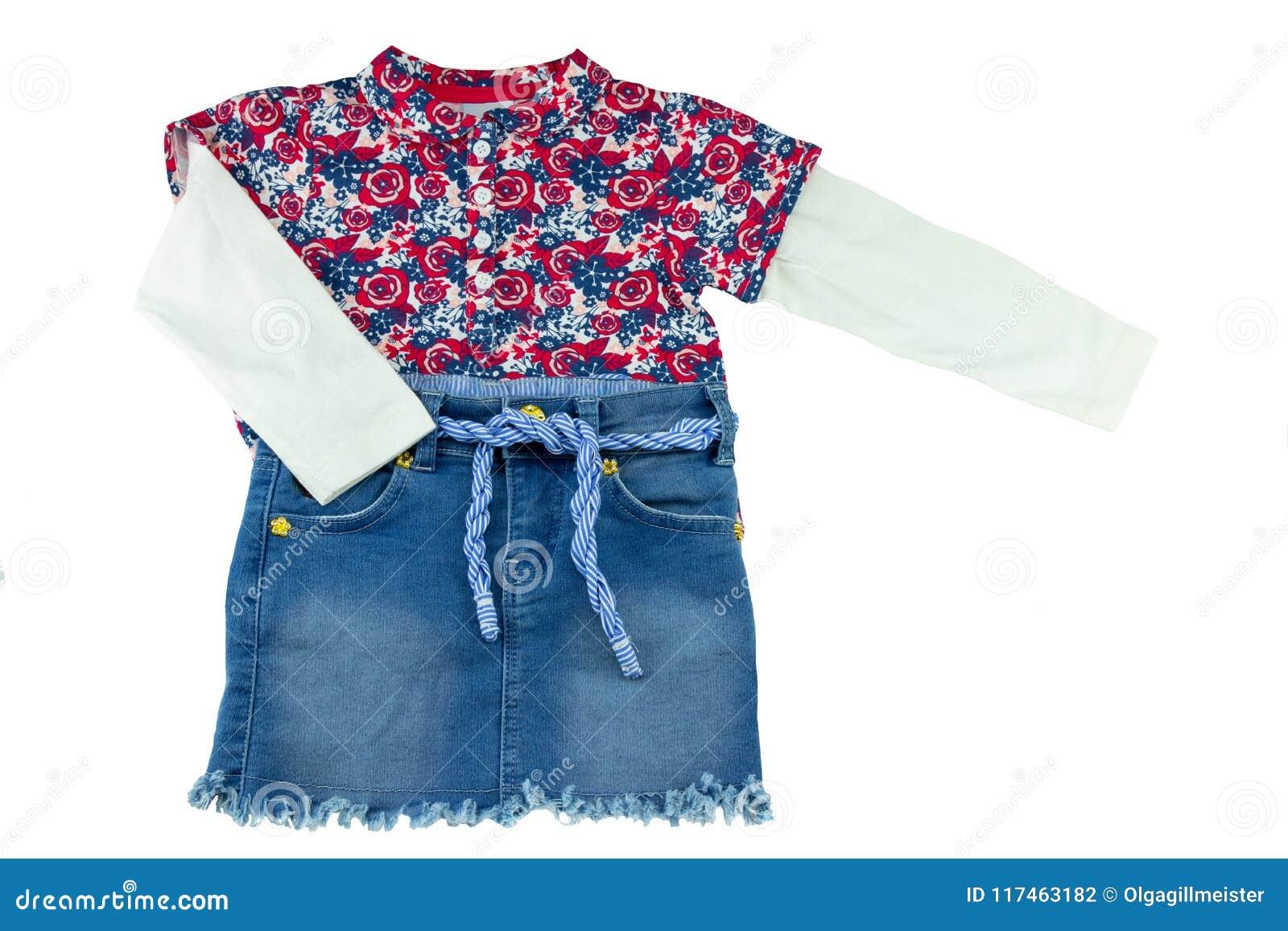 0bc7d26ba4a17 Chemise à la mode de petite fille avec l impression florale et blues-jean