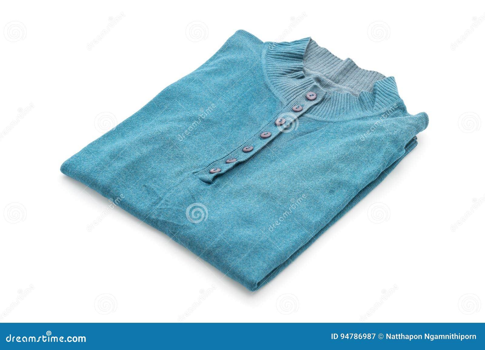 Chemise T-shirt plié sur le blanc