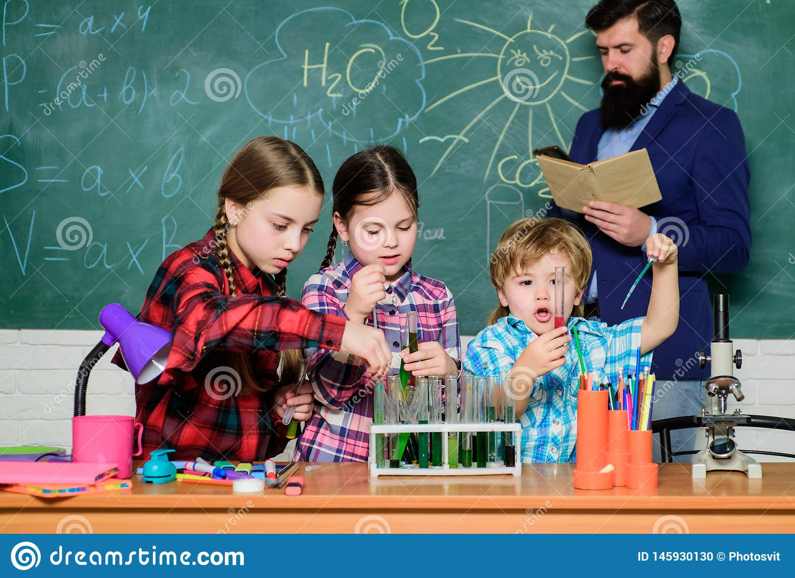 Chemistry classes. Group interaction and communication. Promote scientific interests. Practical knowledge. Teaching kids
