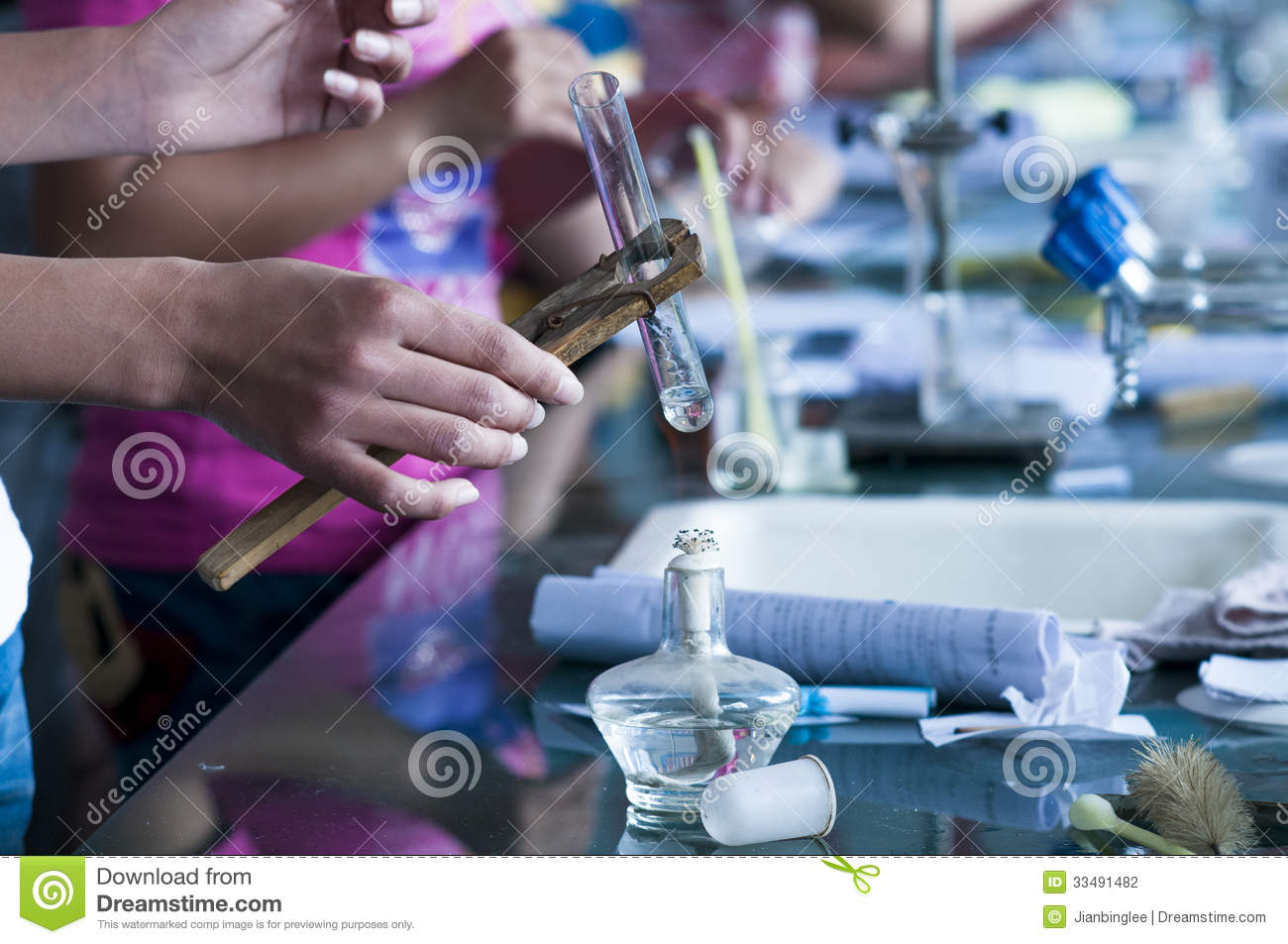 Chemistry research topics for college students