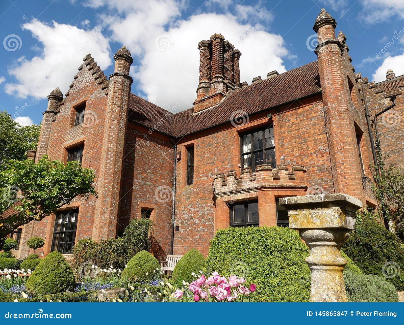 Chenies rezydencji ziemskiej dom, Tudor stopie? spisywa?em budynek, w wio?nie