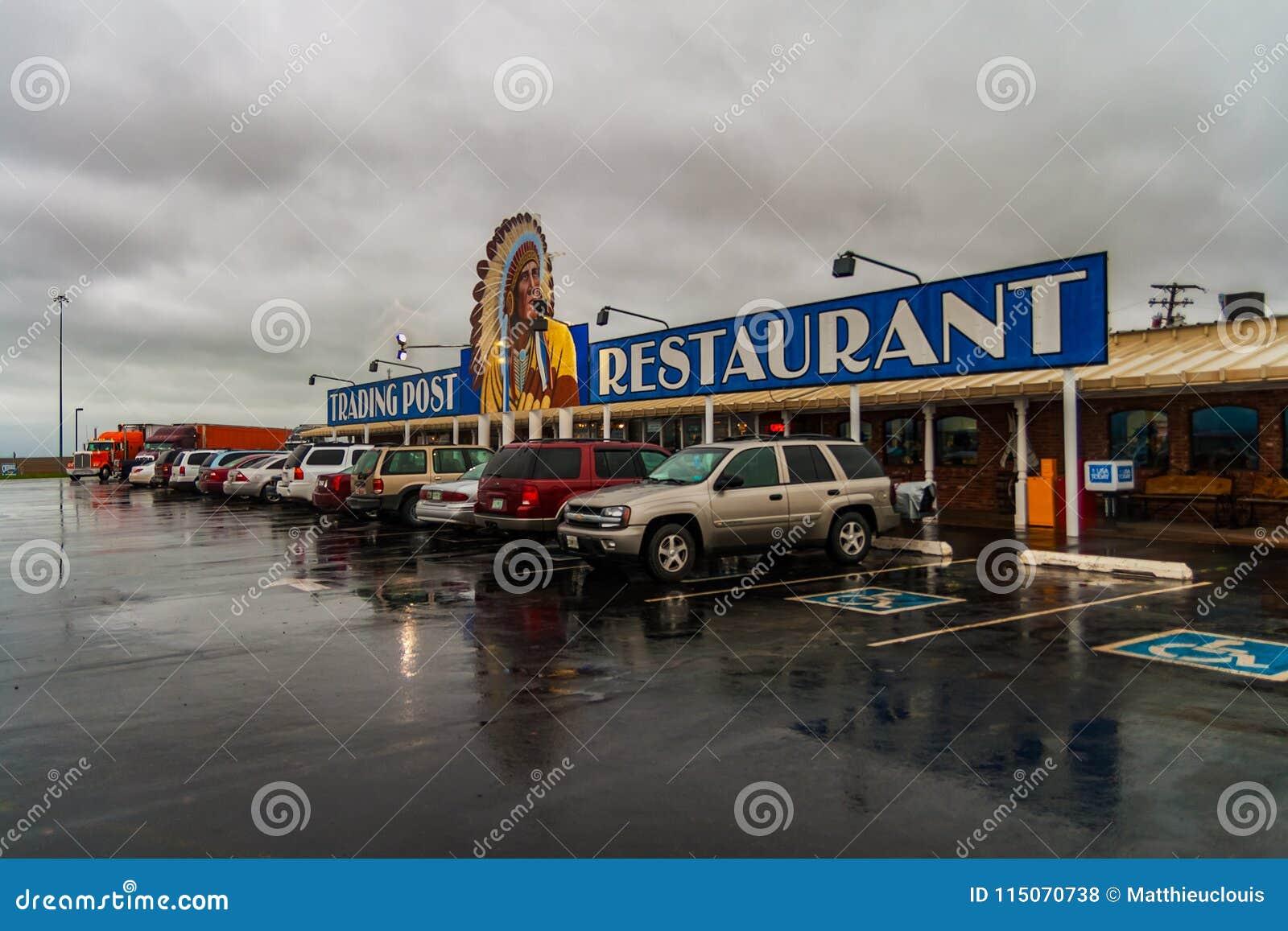 Cherokee handelstolpe, Clinton, Oklahoma