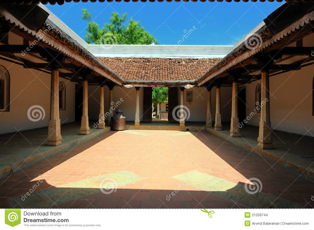 Chettinad house stock images image 21209744 for Chettinad house architecture design