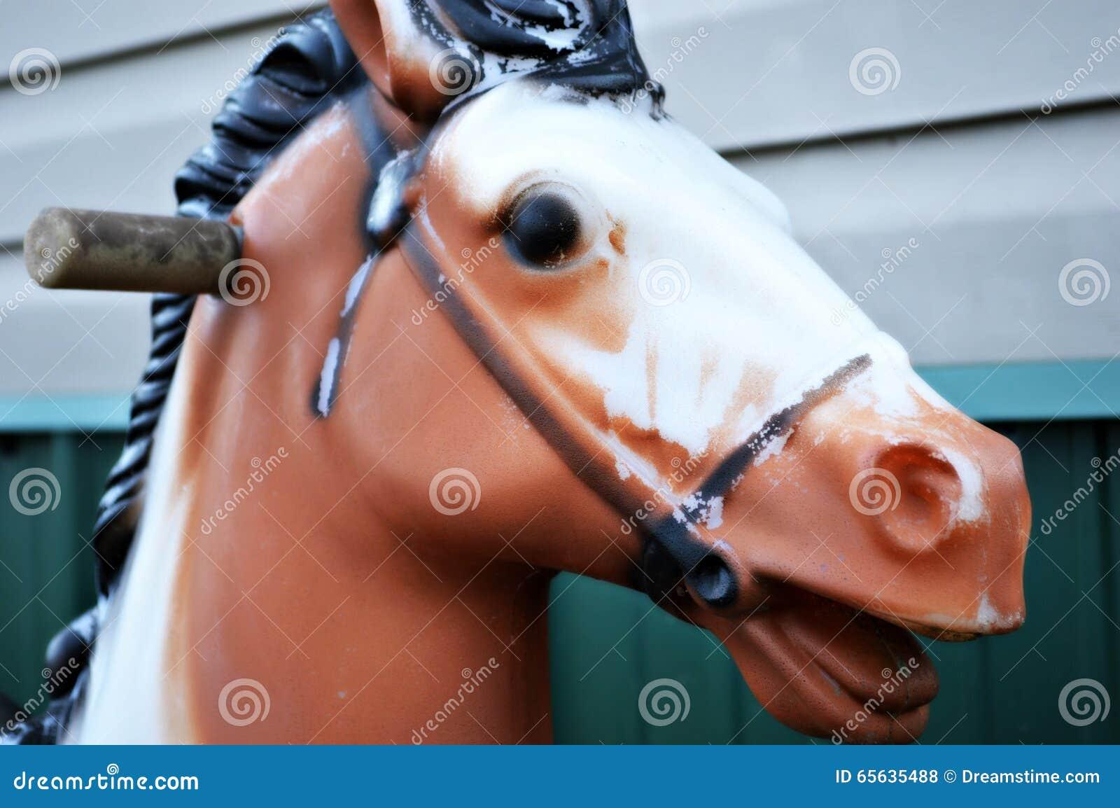 Cheval d équitation antique de jouet