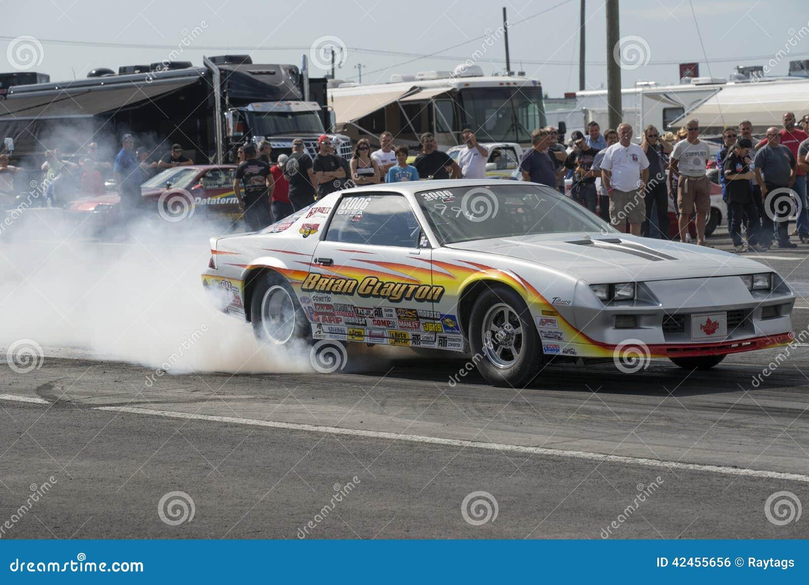 Chevrolet- Camarorauchshow