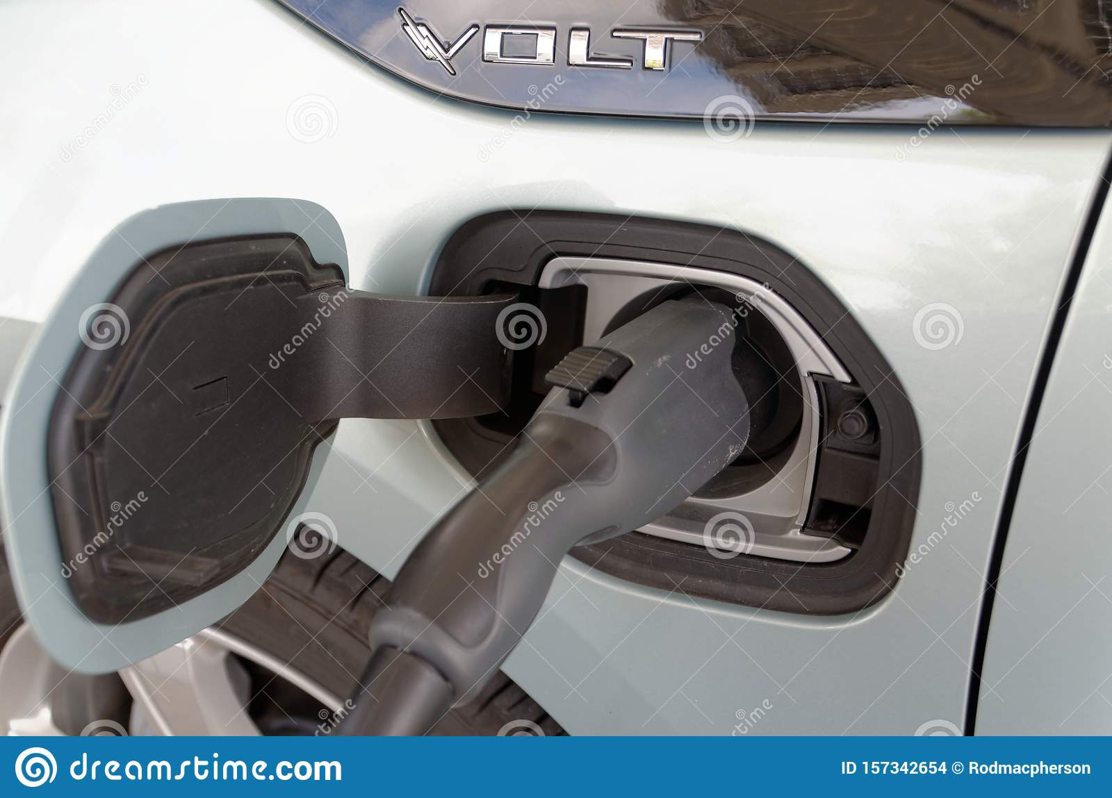 Chevy Volt Battery >> Chevy Volt Charges Its Battery Editorial Stock Image Image