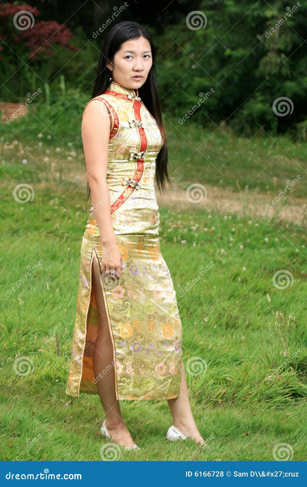 Chińska dziewczyna portret tradycyjne